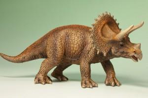 恐竜フィギュアトリケラトプス(Triceratops)