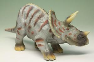 ミニ恐竜フィギュアトリケラトプス(Triceratops)