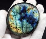 ブルー!非常に美しい遊色が備わった高品位のラブラドライト(Labradorite)
