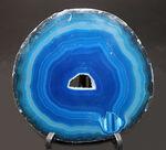 見ているだけで気分爽快!空、海を思わせる鮮やかなブルーを楽しめるブラジル産の縞メノウ(Agate)