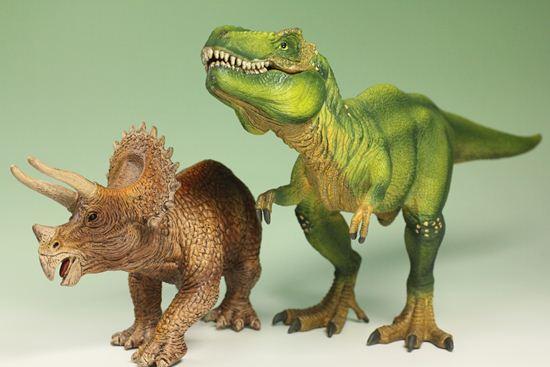 男の子用プレゼントに!恐竜フィギュア
