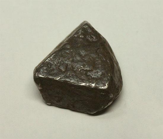 ナミビアで発見されたギベオン隕石(Gibeon meteorite)