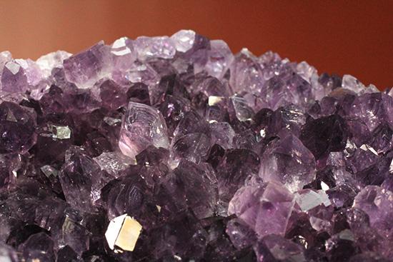 1.5キロオーバー!紫水晶ことアメジストの原石、キラキラ輝く迫力標本(Amethyst)